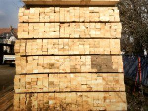 fenyőker fatelep fenyő fűrészáru fakereskedés tüzép termékek tetőléc bramac léc minőség