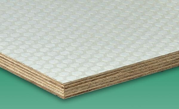 fenyőker fatelep fenyő fűrészáru fakereskedés tüzép termékek falap lemez nyír rétegelt csúszásmentes minőség hexa