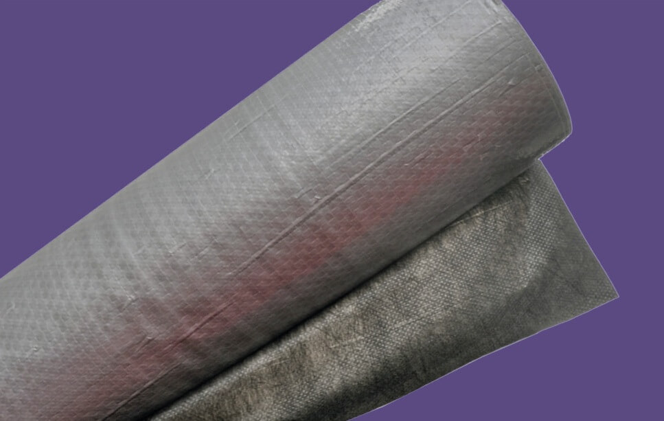 fenyőker-fatelep-termékek-minőség-megbízhatóság-fólia-tetőfólia-filccel-kasírozott